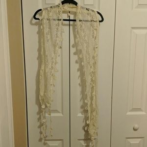 Accessories - Beautiful lace scarf